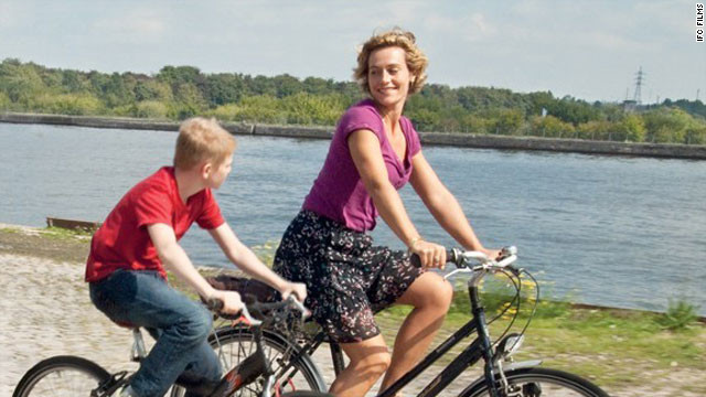 Kid w Bike